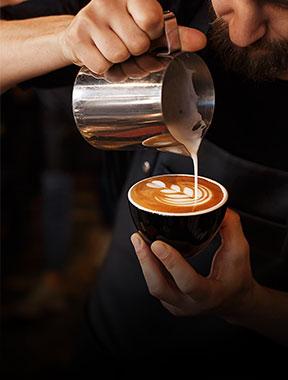 Học เคล็ดลับการชงกาแฟให้เป็นบาริสต้ามืออาชีพ online | Edumall Việt Nam